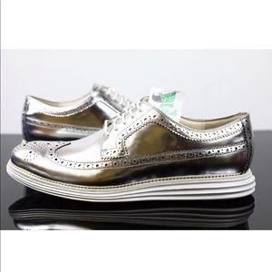 Cole Haan LunargrandMetallic Silver C12443 Size 12